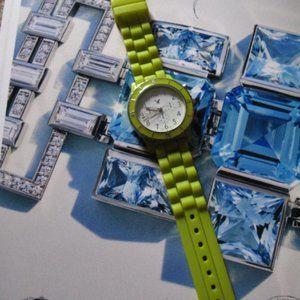 American Eagle Fluo Green Watch